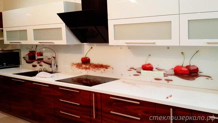 Кухонный фартук из стекла с фотопечатью с едой и вишней