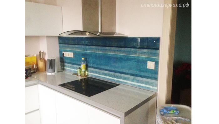 Кухонный фартук из стекла с фотопечатью абстракция на синем фоне