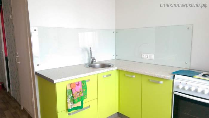 Кухонный фартук из стекла без печати