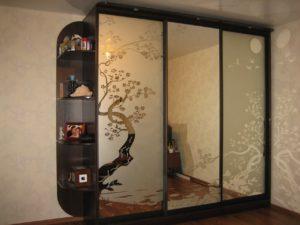 Зеркало с пескоструйным рисунком китайская тематика