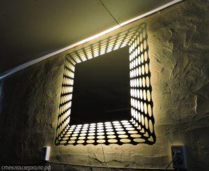 Зеркало с подсветкой в виде иллюзии бесконечности