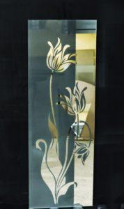 Зеркало для фасада на кухню полупрозрачное с пескоструйным рисунком